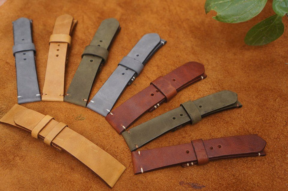 7Strap-High quality handmade bespoke leather strap.